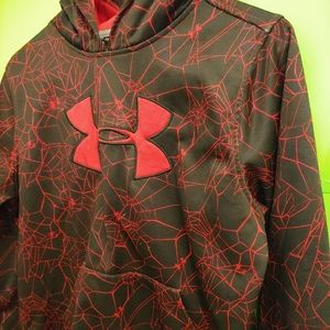 Like new Boys Under Armour hoodie